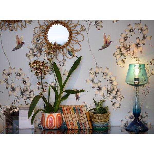 Lampa stojąca z ręcznie dmuchanego szkła marki Curiousa & Curiousa. www.curiousa.co.uk