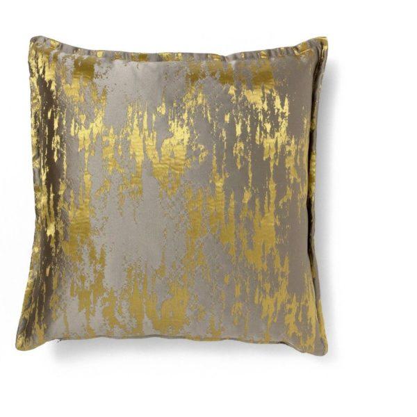 Poduszka dekoracyjna Daurat. Wymiary 50×50 cm. www.brabbu.com