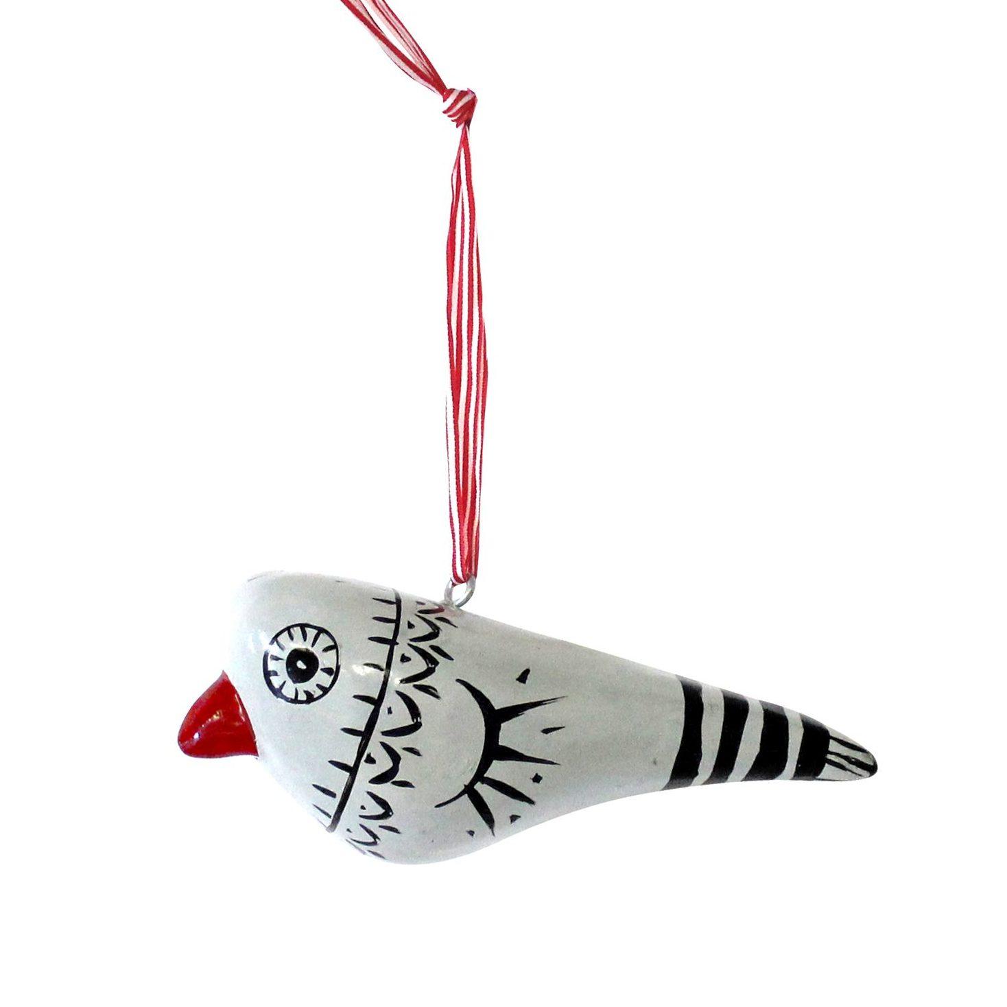 Dekoracja w kształcie ptaszka, wykonana ręcznie w technice papier-mâché. Cena 12 £/szt. www.theshopfloorproject.com