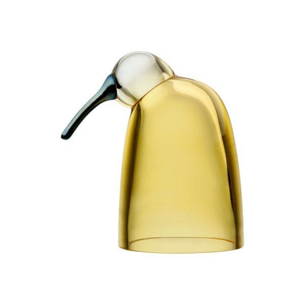 Mari to jeden z ptaszków zaprojektowanych przez designera Oiva Toikka dla marki Iittala. Na przestrzeni 40 lat powstało ponad 400 modeli ptaków. Każdy egzemplarz wykonany jest ze szkła dmuchanego tradycyjną metodą. Cena 1 195 zł. www.fabrykaform.pl