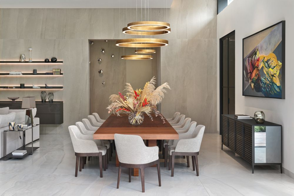 ładna lampa nad stołem